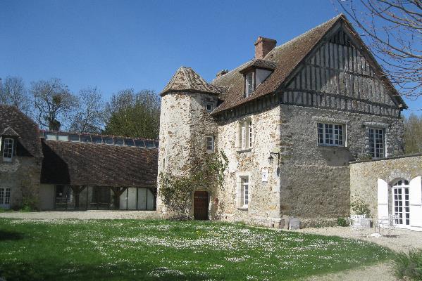 Beca de residencia 'CAMAC – Ténot Fondation' en Francia para un músico.