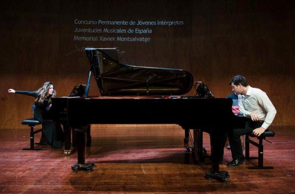 Antón & Maite- Piano Dúo, premiados en el Concurso Juventudes Musicales.