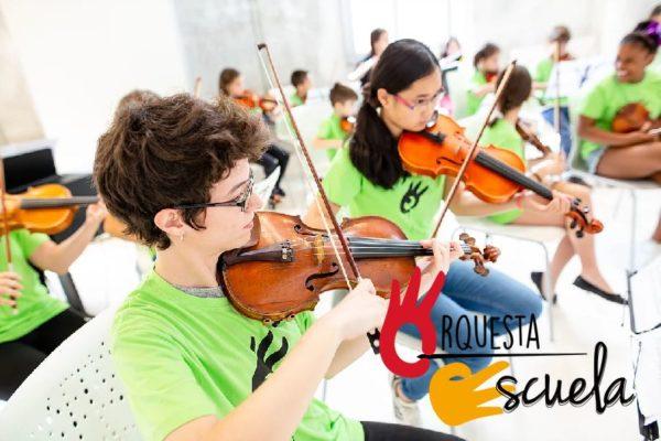 Profesores de cello, guitarra clásica, piano, clarinete, contrabajo, viola y violín para el próximo curso escolar 2018-2019